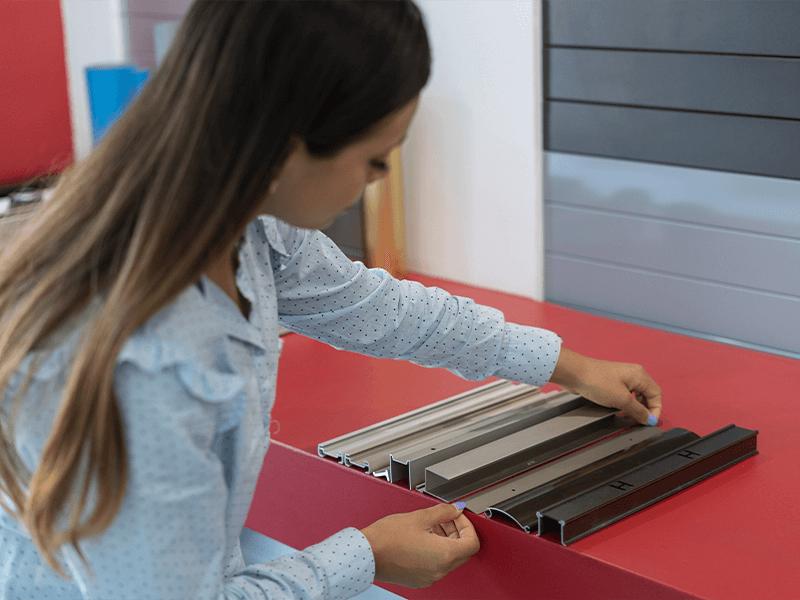 aplicando-colores-de-aluminio-anodizado-y-los-beneficios-del-producto